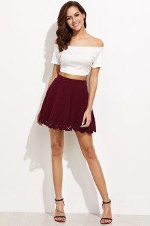 Бордовая юбка с перфорацией