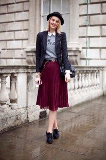 Бордовая юбка примеры