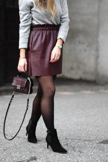 Бордовая юбка простая