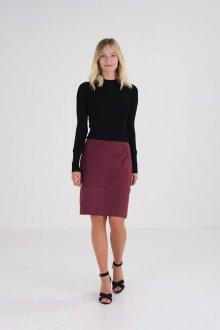 Бордовая юбка прямая