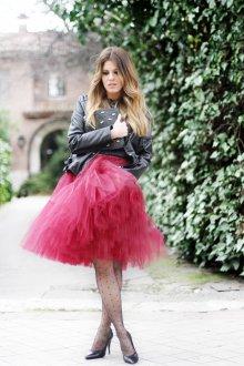 Бордовая юбка пышная