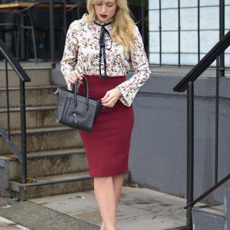 Бордовая юбка стильная