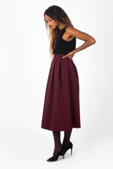 Бордовая юбка с топом