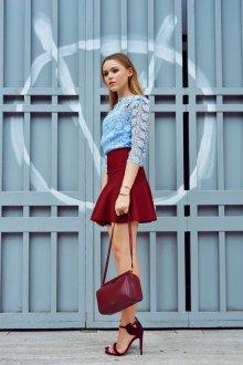 Бордовая юбка тренды