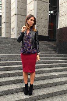 Бордовая юбка трикотажная