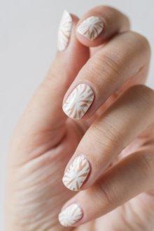 Пастельный маникюр на ногти