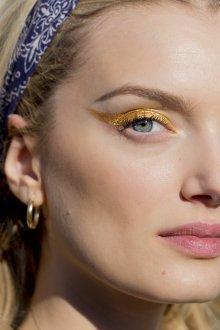 Золотой макияж повседневный