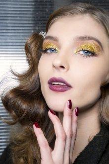 Золотой макияж тренды