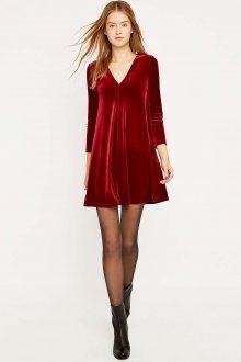 Платье трапеция из красного бархата