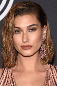 Стрижка на средние волосы 2019 мокрый эффект