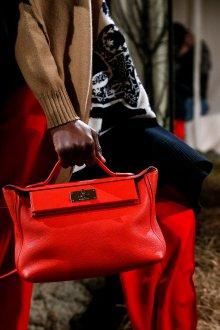 Кожаная сумка женская красная