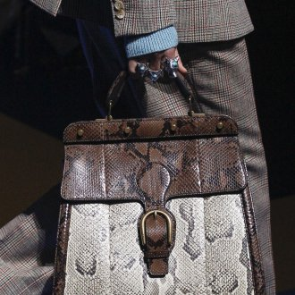 Кожаная сумка под питона