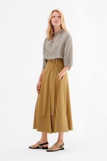 Бежевая юбка с завышенной талией