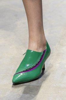 Туфли 2018 зеленые на низком каблуке