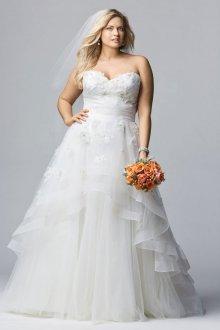 Свадебное платье для полных с асимметричной юбкой
