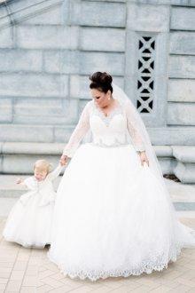 Свадебное платье для полных с длинным рукавом