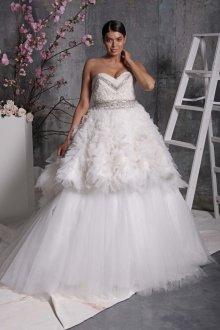Свадебное платье для полных сложного кроя