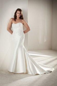 Свадебное платье для полных с длинным шлейфом