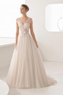 Свадебное платье для полных сливочное