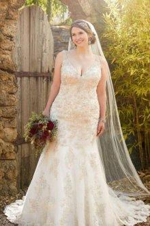 Свадебное платье для полных с золотым декором
