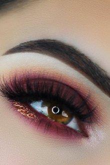 Бордовый макияж вечерний