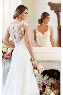 Кружевное свадебное платье с ажурной спиной