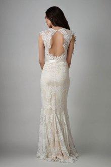 Кружевное свадебное платье в богемном стиле