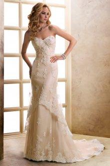 Кружевное свадебное платье двухслойное