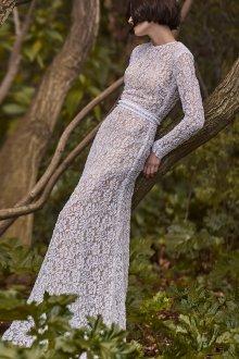 Кружевное свадебное платье закрытое гипюровое