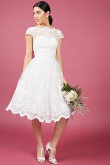Кружевное свадебное платье красивое короткое