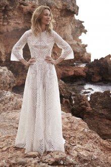 Кружевное свадебное платье модное