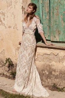 Кружевное свадебное платье нюдовое
