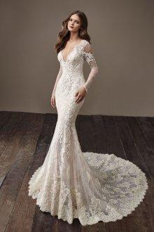Кружевное свадебное платье полностью