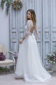 Кружевное свадебное платье из тюля