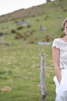 Кружевное свадебное платье вязаное
