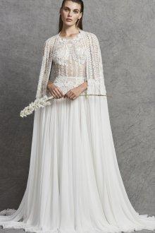 Свадебное платье со шлейфом и драпировкой