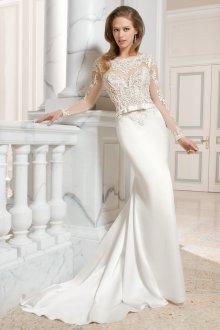 Свадебное платье со шлейфом облегающее