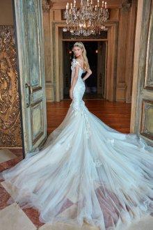Свадебное платье со шлейфом прозрачное