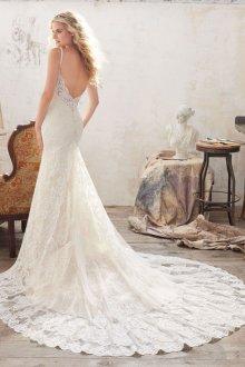 Свадебное платье со шлейфом винтажное