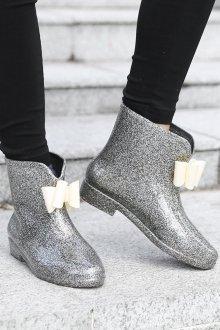 Резиновые ботинки с бантиком