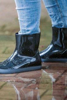 Резиновые ботинки широкие