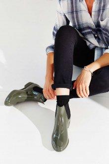 Резиновые ботинки зеленые