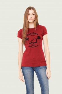Красная футболка с черной надписью