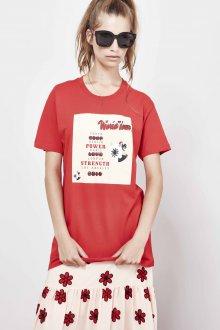 Красная футболка длинная с рисунком
