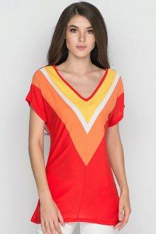 Красная футболка геометрическая