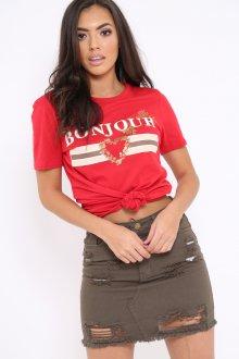 Красная футболка с юбкой