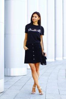 Юбка с футболкой черной