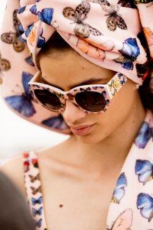 Круглые очки с бабочками