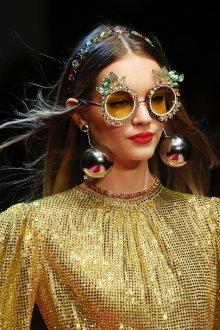 Круглые очки с декором