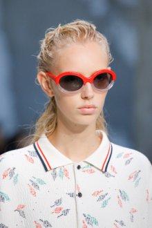 Круглые очки красные